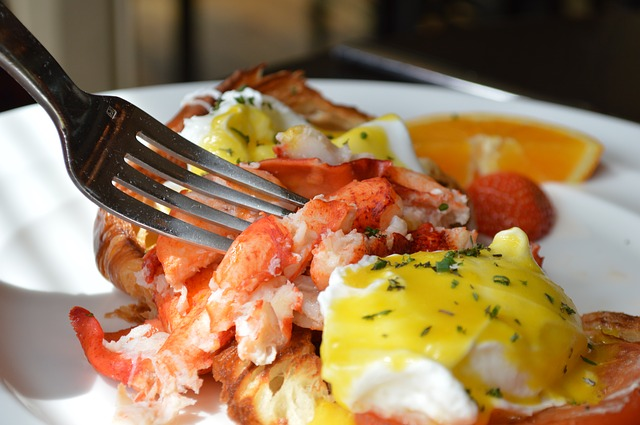 Easter Brunch in The Chicago Suburbs | Your Guide to Where To Eat